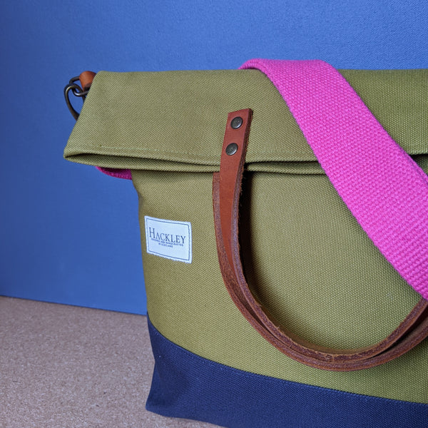 Old Style Bucket Tote - Olive Green & Navy - No Pockets