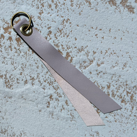 Short Single Layer Leather Keyring - Grey