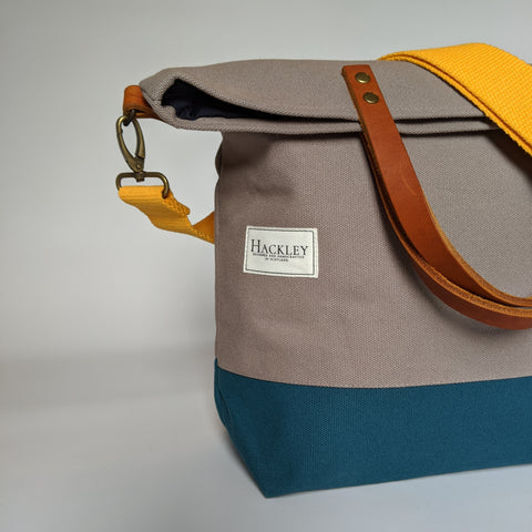 Old Style Bucket Tote - Grey & Teal - No Pockets