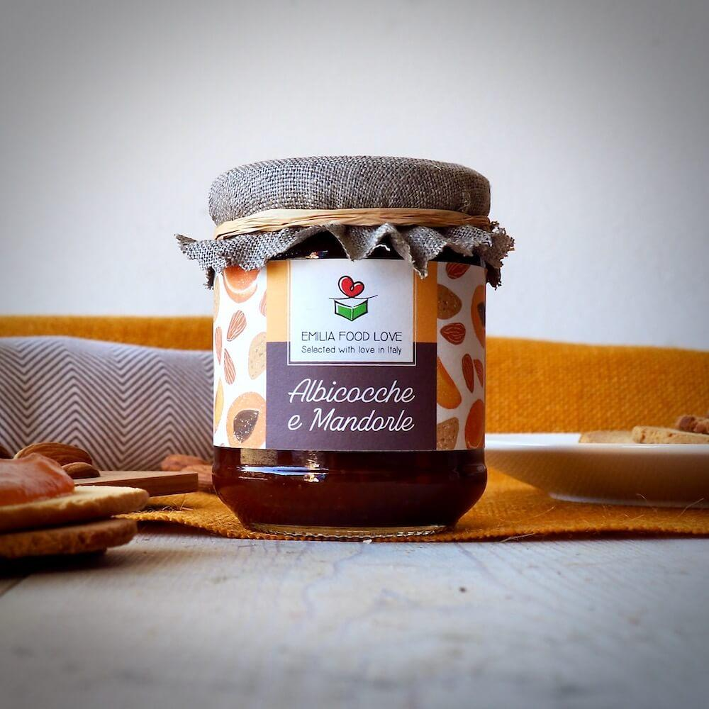 Apricots and Almonds Jam - EMILIA FOOD LOVE