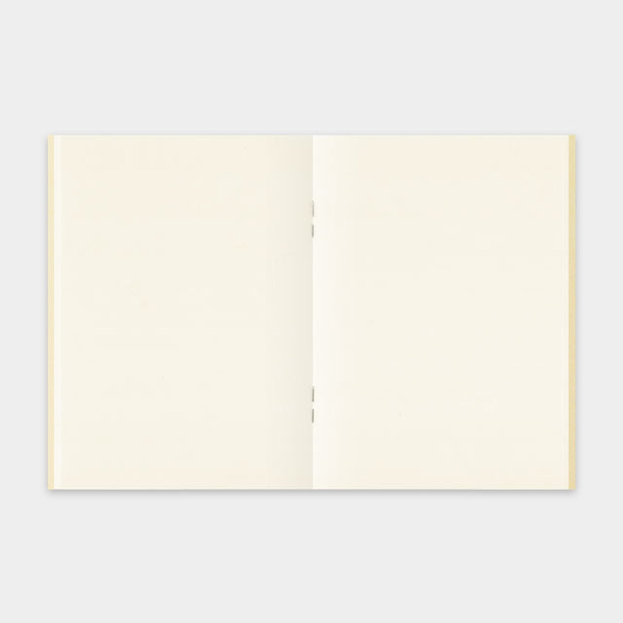 Traveler's Notebook Refill 013 (Passport Size) - MD Paper Cream