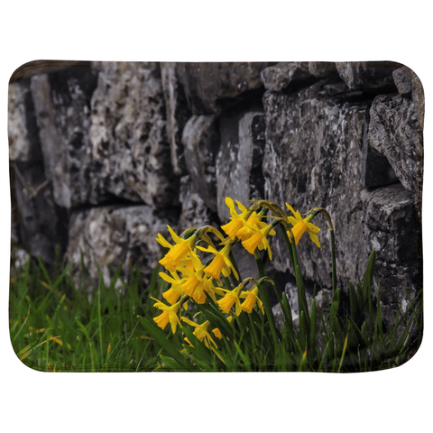 Image of Sherpa Blanket (Infant Size) - Irish Spring Daffodils