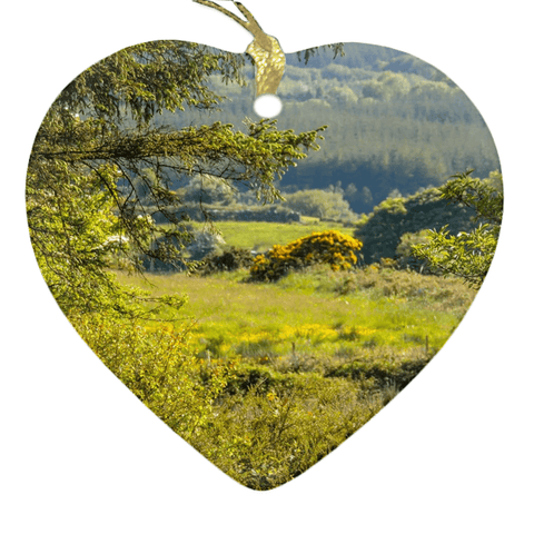 Image of Porcelain Ornament - Ireland's 40 Shades of Green Ornament Moods of Ireland Heart