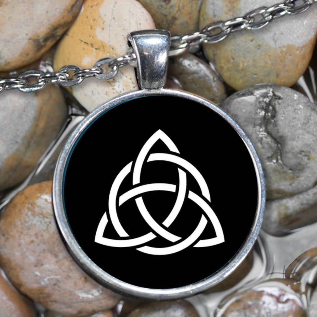 Triquetra Knot Celtic Pendant Necklace, Silver-Plated Pendant-Necklace Moods of Ireland