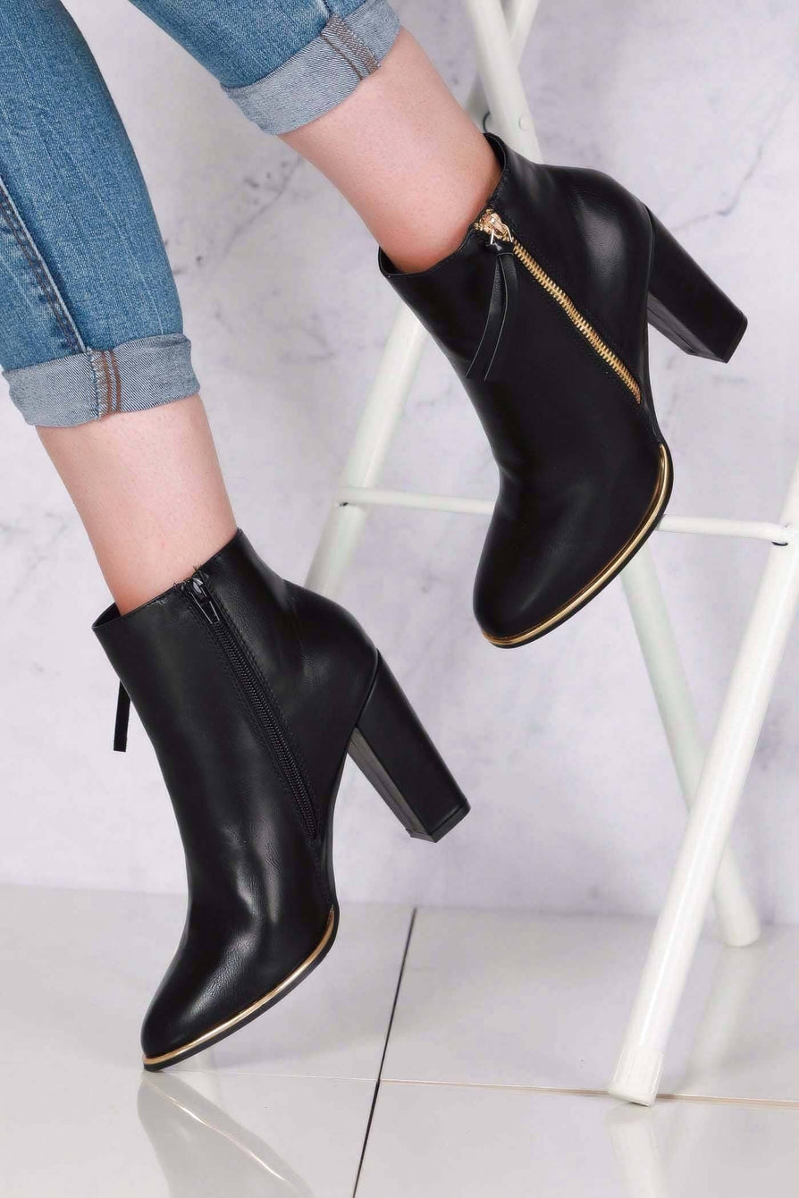 Isabelle Zip Detail with Tassel Block Heel Ankle Boot in Black Matt Clearance Miss Diva