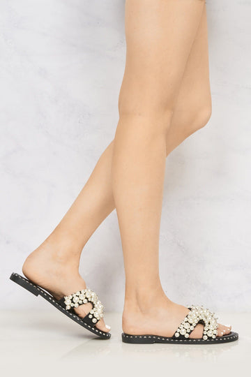 Aloha Open Toe Criss Cross Pearl Front Silver Stud Rim Detail Mule In Black