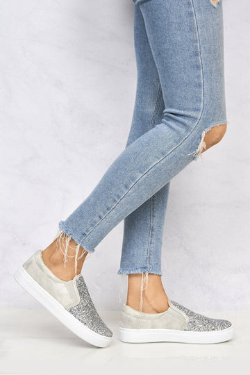 Slip On Glitter Skater Pump in Silver Glitter
