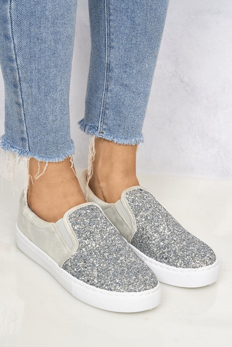 Ritzy Slip On Glitter Skater Pump in Silver Glitter