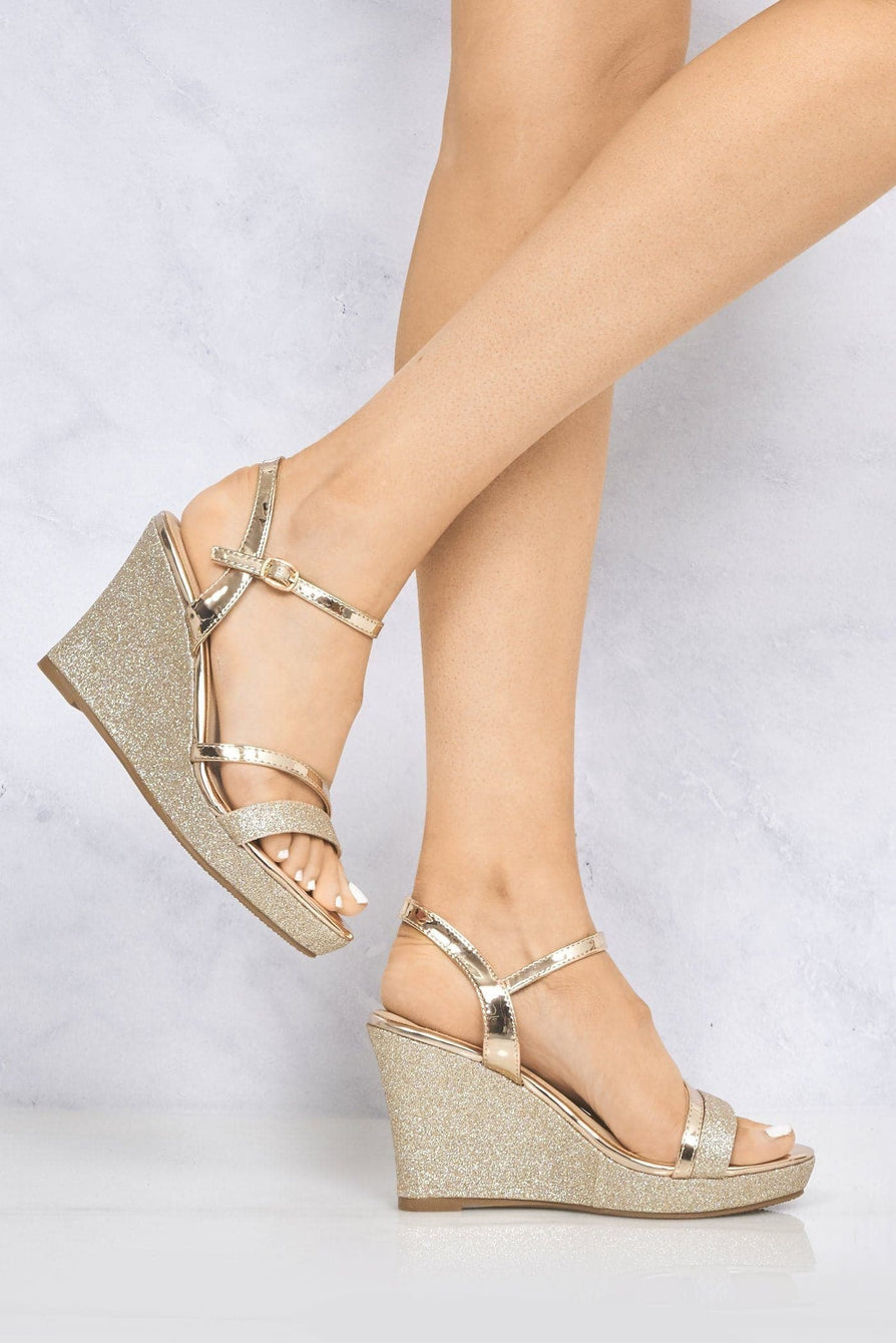 Nova Anklestrap Glitter Wedge Sandal in Rose Gold