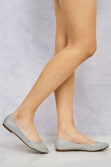 Lilly Round Toe Diamante & Stud Pump in Silver