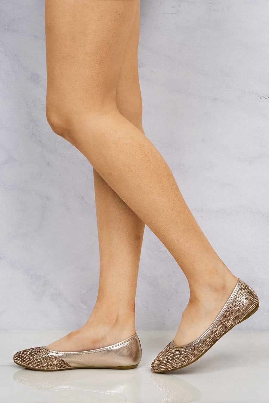 Round Toe Diamante Pump in Champagne