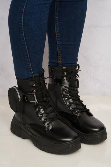 Side Zip Pocket Laceup Boot in Black Matt