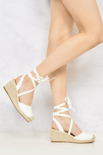 Maria Closed Toe Tie Up Espadrille Wedge in White