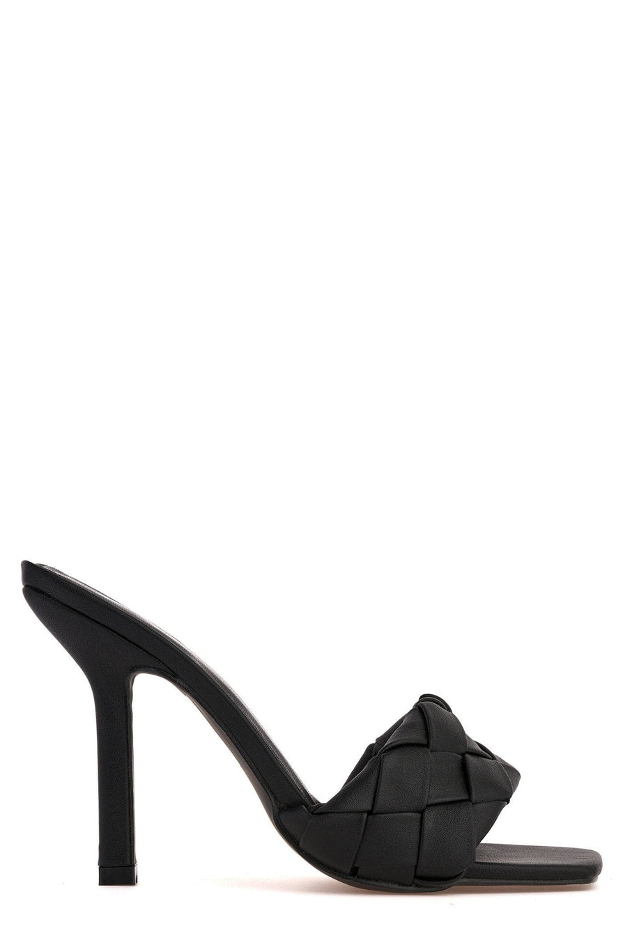 Lopez Plait Detail Front Mid Heel Open Toe Mule in Black