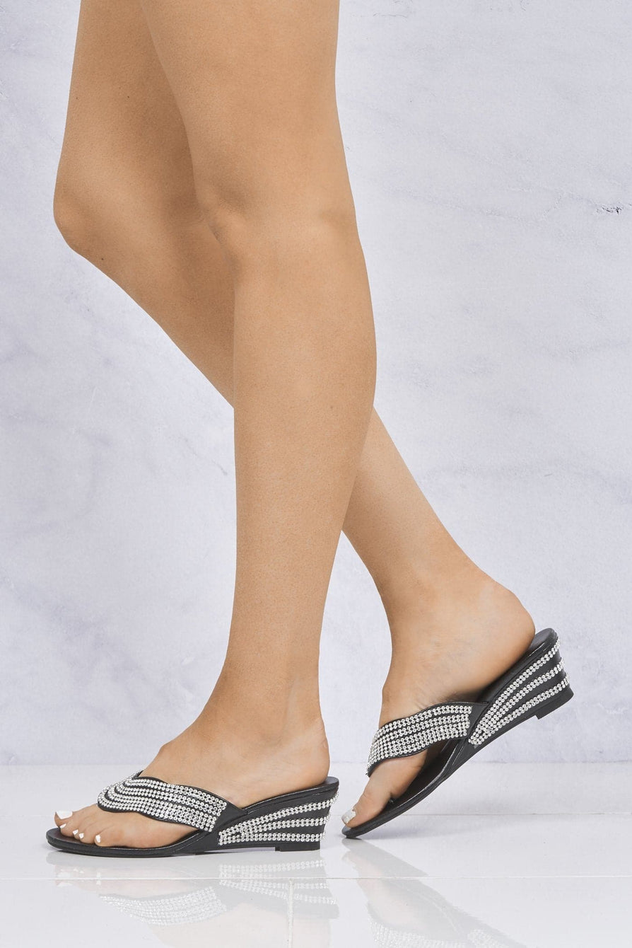 Diamante Toe Post Mule in Black