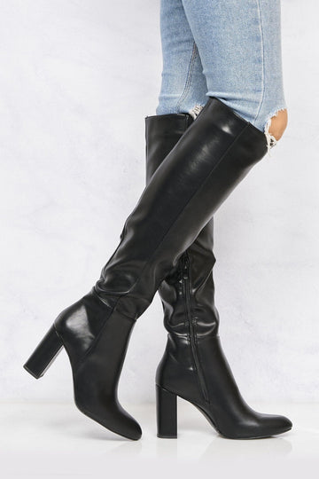 Roundtoe Over The Knee Blockheel Boot In Black Matt