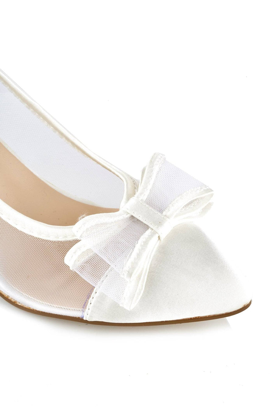 Slip On Mesh Bow Court Shoe in Ivory