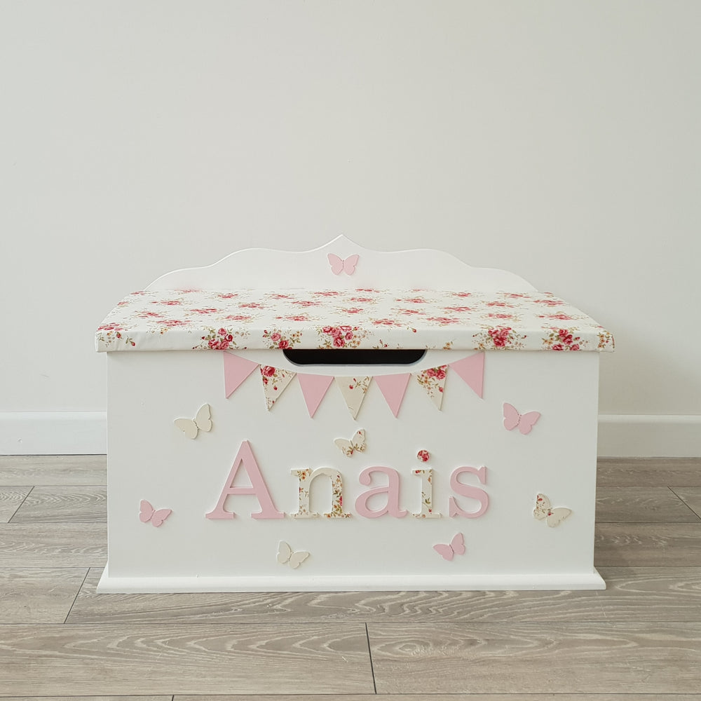 floral design toy box