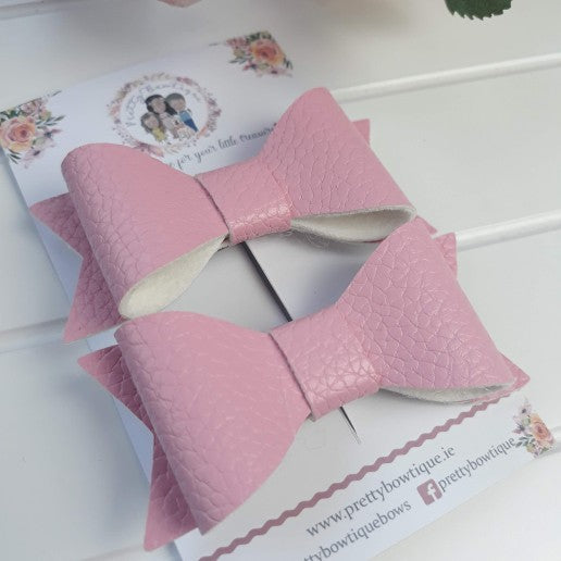 Small Leatherette Pigtail Bow - Pink