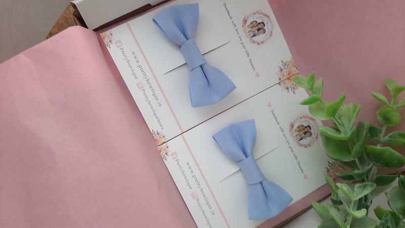 Pale Blue Single Trim Bow Hair Clip