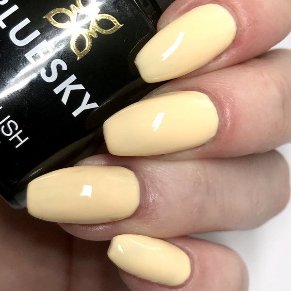 Bluesky Pastel Neon PN 02 BANANA SPLIT UV LED Soak Off Gel Nail Polish 10ml Lemon Yellow