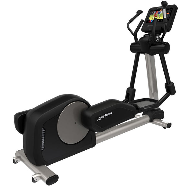 Life Fitness Club Series Plus ST Elliptical Cross-Trainer
