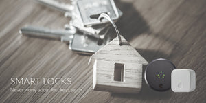 House keychain with keys August Smart Lock