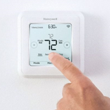 Honeywell T6 Pro Z-Wave Plus Thermostat Lifestyle