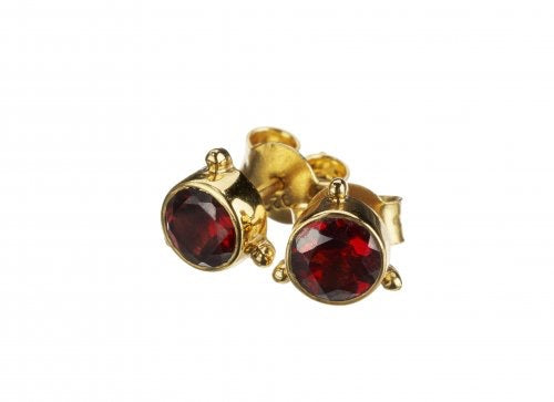 Darling Garnet Earrings - Gold
