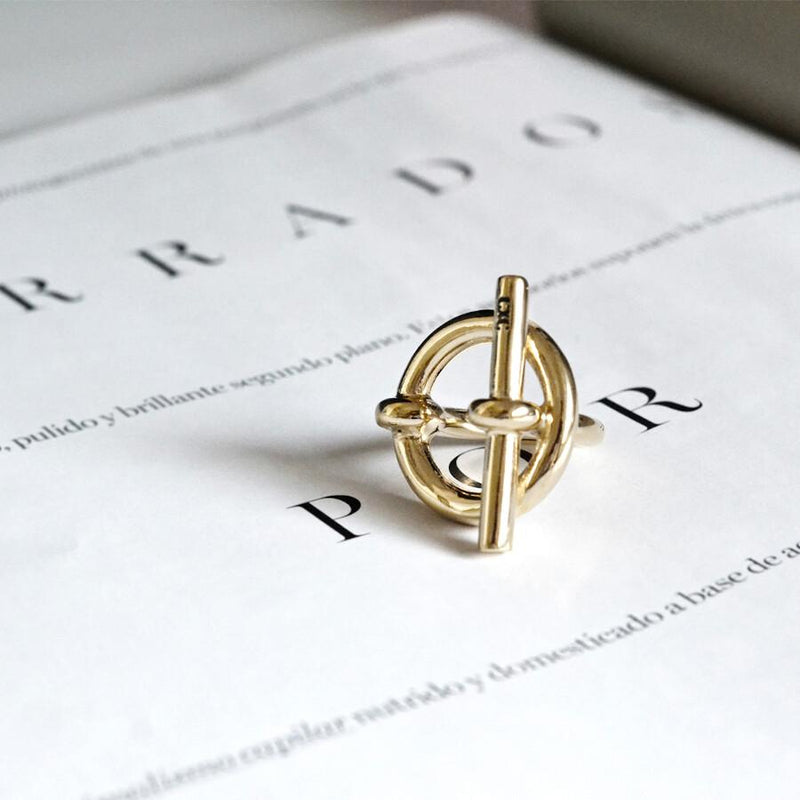 Omega T-Shaped Gold Ring