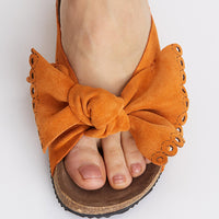 Take a Bow Apricot Slipper
