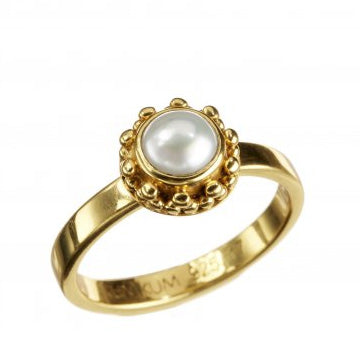 Coco Pearl Gold Ring