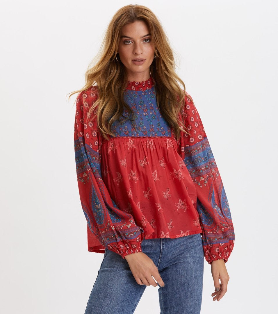 La Vie Boheme Blouse Red Raspberry