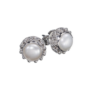 Cloé Pearl Earrings