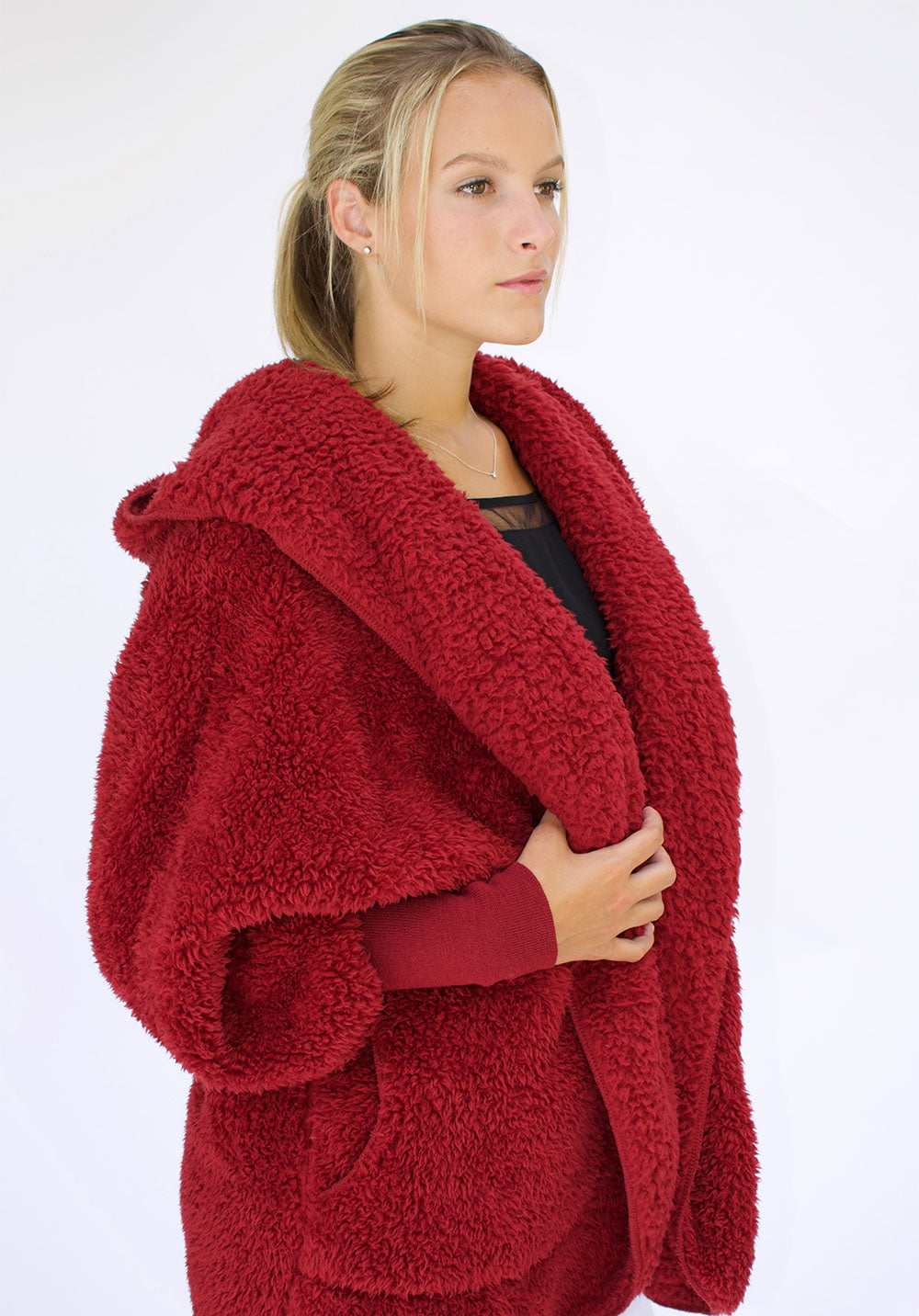 Red Velvet Nordic Beach Sweater Wrap