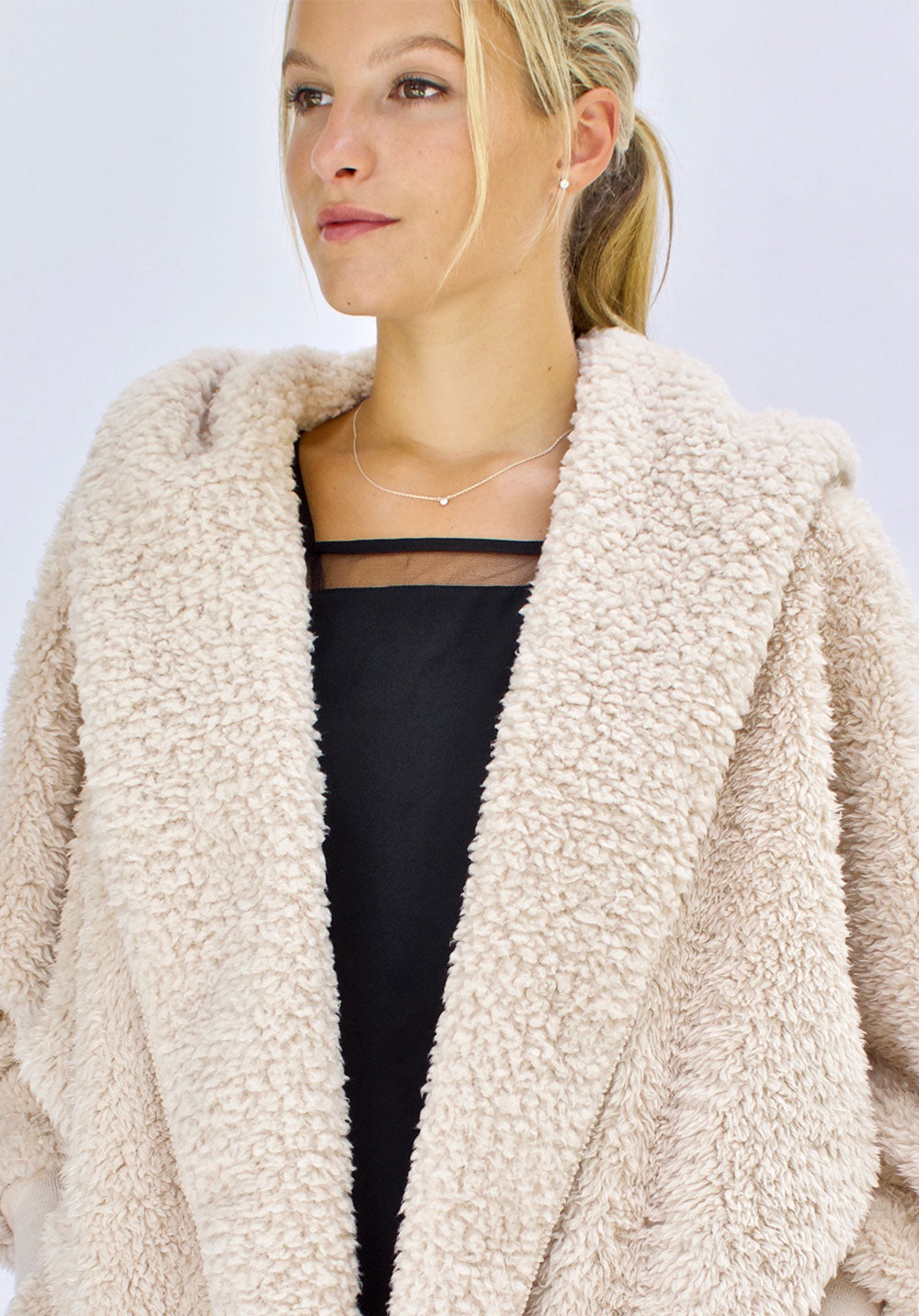 Fluffly Frappe Nordic Beach Sweater Wrap