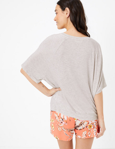 Vacay Every Day Slogan Lounge Top