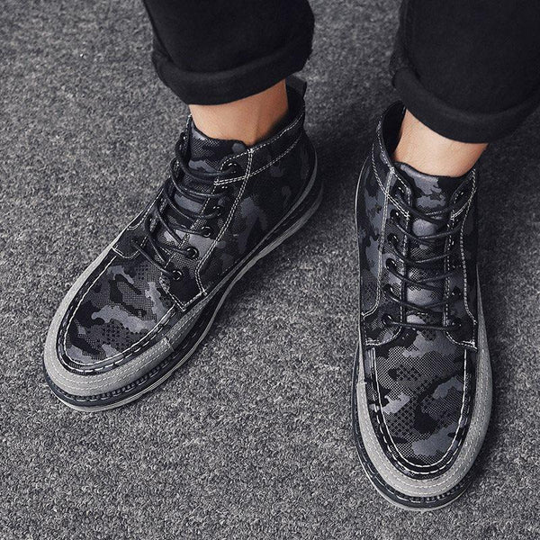 Lace-Up Front Round Toe Camouflage Boots