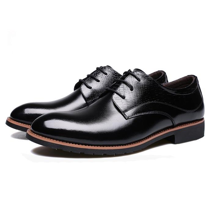 Plain Low-Cut Upper Embossed Leather Flat With PU Round Toe Leather Shoes