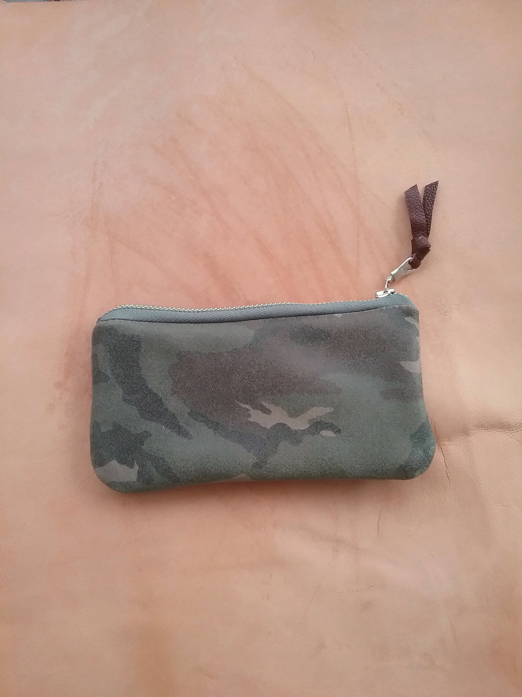 CAMO LEATHER POUCH/ SLIM