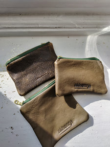 OLIVE LEATHER COIN POUCH/ PETITE