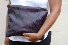 KELLEY CLUTCH EXOTIC / DARK PURPLE CROC