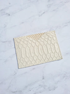 SNAKE CARD CASE / OFF WHITE