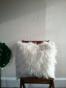 FAUX FUR PILLOW COVER