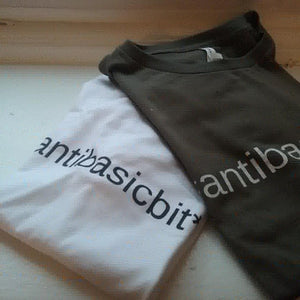 ANTIBASICBIT*H TEE /PREPPY COLORS