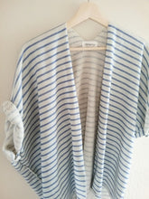 Blue stripe cardigan shirt