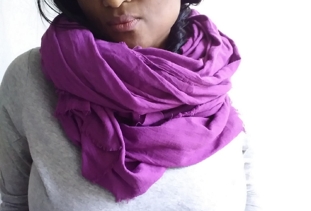 VOYAGER SCARF/ EGGPLANT