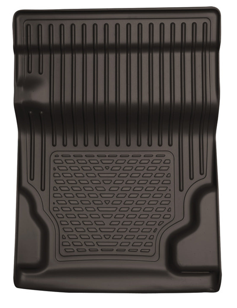 Husky Liners 10-13 GM Escalade/Tahoe/Yukon WeatherBeater Black Walkway Floor Liner (2nd Row Bucket)