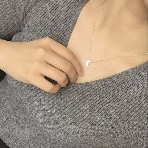 Image of Simple & Elegant Moon Pendant Necklace For women Jewellery - cybernetshop
