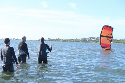 Why Kitesurfing Lessons Are Important?